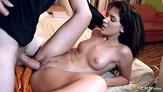 Hot babe turns the tables by fucking the burglar in her bedroom