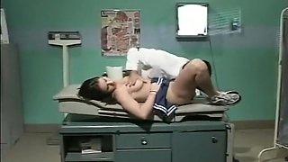 Cheerleader Jessica Screwed By Doctor