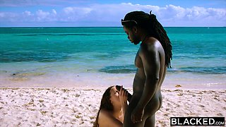 BLACKED Wife cuckolds him on her Interracial vacation