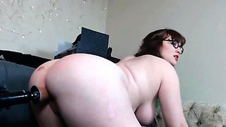 Multiple squirting BBW enjoys fucking machine
