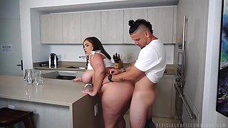 Big Tits Big Ass Bbw Hottie