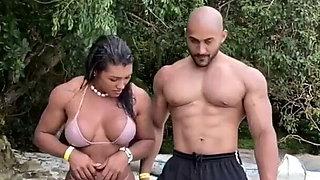Muscle girlfriend 02