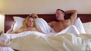Sleeping wife Jessica Drake woken up with pussy licking and gets facial