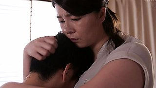 Stacked Asian housewife cums hard between two young cocks