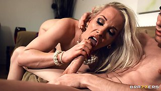 Just One Clit Away Free Video With Jordi & Rebecca More - Brazzers