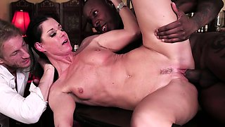 Babe fantasize about milf being hotwifed by black guy in bar