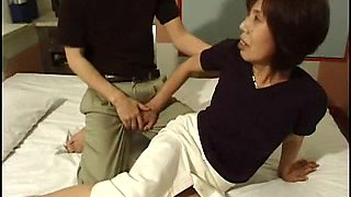 Japanese granny gets dicked during calligraphy lessons