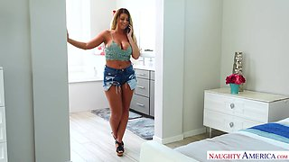 Wife's busty friend Brooklyn Chase turned out to be a perfect bitch