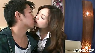Aiko Hirose gives her boyfriend a cock sucking that leaves