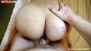 Amazingly beautiful thai screaming in bed