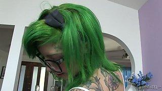 Extravagant tattooed whore Sydnee Vicious gets rammed on a pov camera