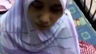 Arab bitch sucks my dick after i lick her nice nipples