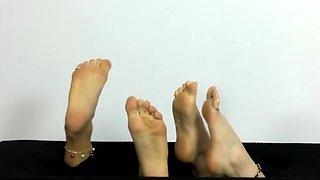 foot models jewelry