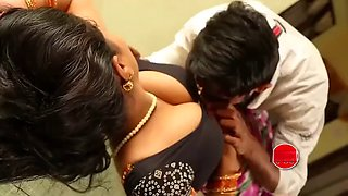 Sashi aunty boobs pressing romance