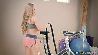 try this workout from sexy curved trainer nicole aniston