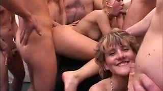 Dutch Girls Sperma party