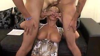 junior guys fuck sexy blonde milf