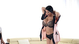 Busty babe Tigerr Benson spreads her legs for a shag