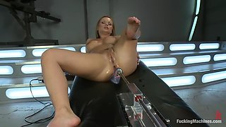 babe gets giant dildo machine fucked up her ass