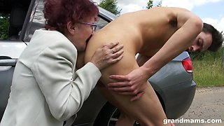 Lewd granny wants more than just a ride home and she gives good head